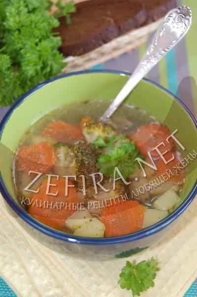 Постный картофельный суп с брокколи