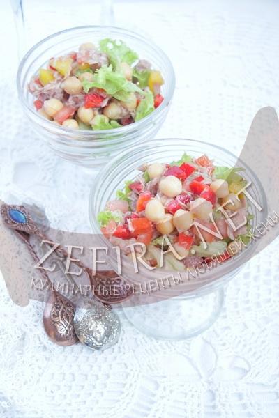 Салат с тунцом и нутом - рецепт и фото