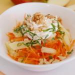 Салат из моркови и яблок с грецкими орехами
