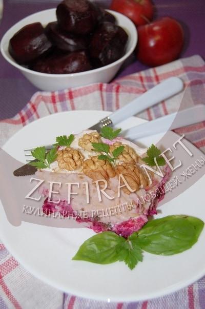 Слоеный салат из свеклы