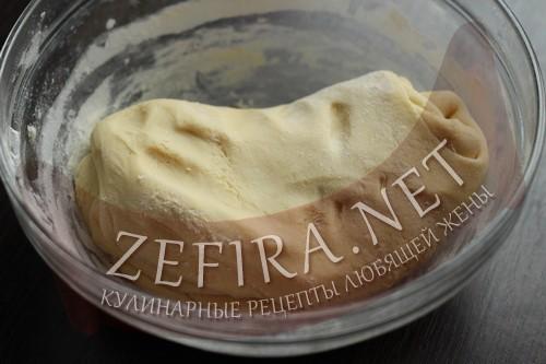 Торт на сковороде со сгущенкой - тесто шаг 3