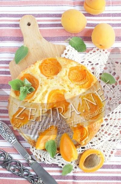 Бисквит с абрикосами - рецепт и фото