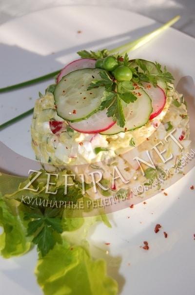 Весенний салат «Оливье» с редисом - рецепт и фото