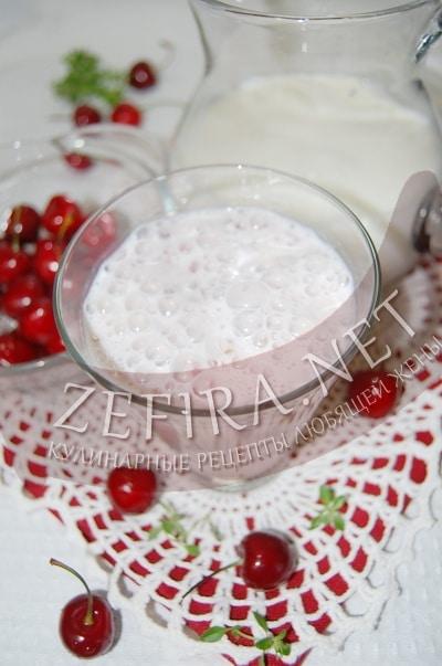Молочный коктейль с черешней - рецепт и фото