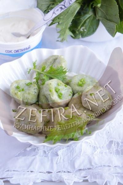 Ленивые вареники из творога со шпинатом и сыром - рецепт и фото