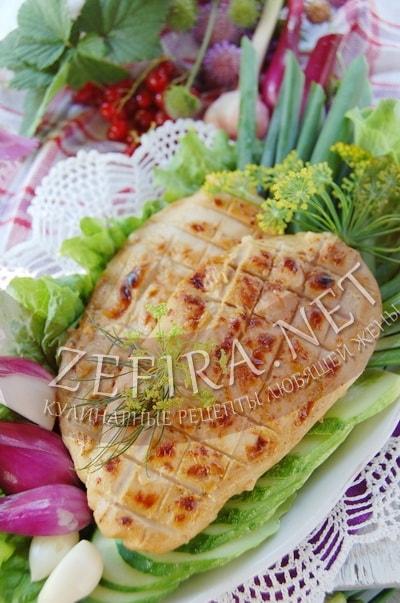 Куриное филе в апельсиново-сметанном маринаде, жаренное на мангале - рецепт и фото