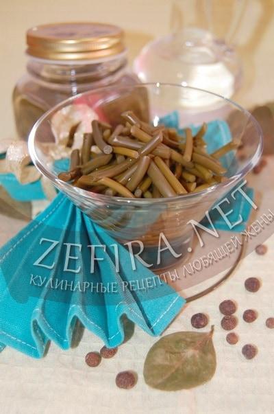 Маринованные стрелки чеснока на зиму - рецепт и фото