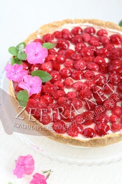 Тарт с малиной и заварным кремом - рецепт и фото