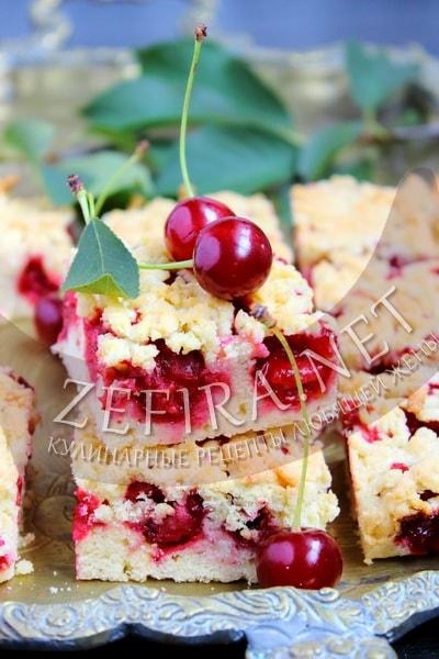 Тертый пирог с вишней - рецепт и фото