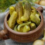Маринованные огурцы – рецепт с горчицей и куркумой