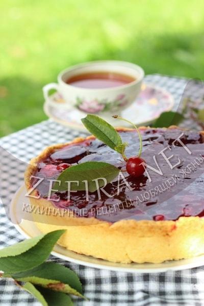 Пирог с вишней и заварным кремом - рецепт и фото