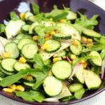 Салат из свежих кабачков с огурцами и кукурузой
