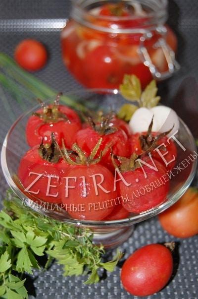 Рецепт быстро маринованных очищенных помидоров  с фото