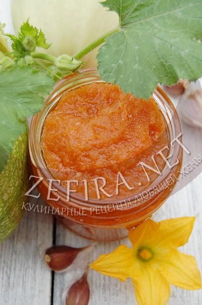 Икра из кабачков с томатным соусом - рецепт и фото