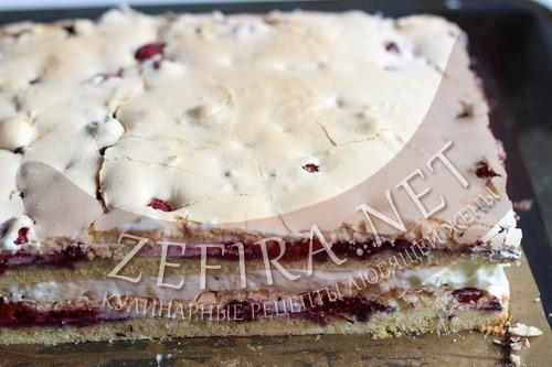 Песочный торт с ягодами и безе «Пани Валевска» - шаг13