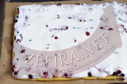 Песочный торт с ягодами и безе «Пани Валевска» - шаг6