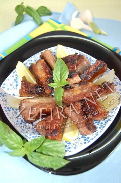 Свиные ребрышки с имбирем - рецепт и фото