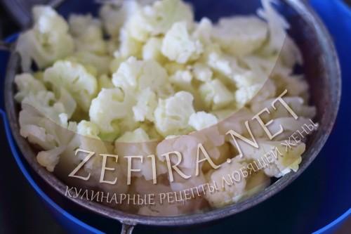 Запеканка из цветной капусты с сыром - шаг2 приготовления