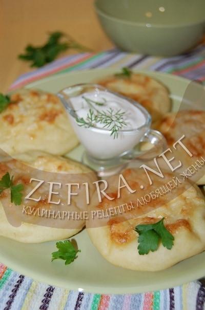 Картофельные пышки с грибами - рецепт и фото
