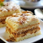 Песочный торт с арахисом и сгущенкой