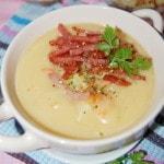 Густой гороховый суп с копченой колбасой