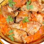 Курица с морковью в молочном соусе