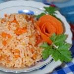 Постный рис с морковью и томатом «По-монастырски»