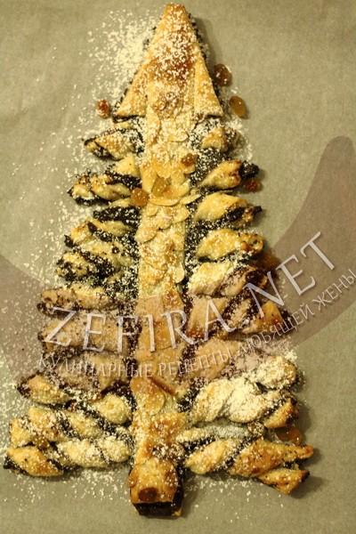 Слоеный пирог с маком в форме елочки - рецепт и фото