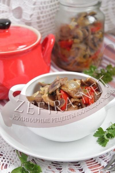Шампиньоны с болгарским перцем - рецепт и фото