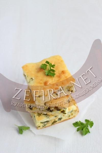 Быстрый пирог с луком и яйцом на кефире - рецепт и фото