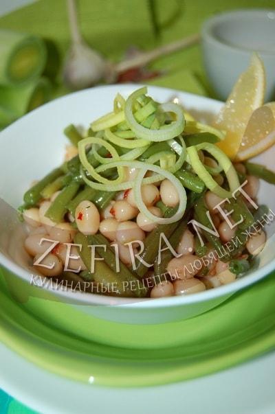 Фасолевый салат c чесноком - рецепт и  фото