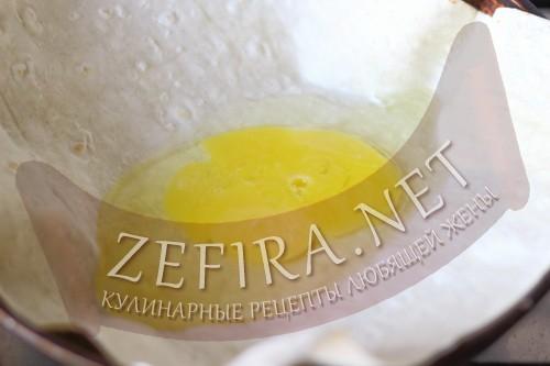 Ёка - рецепт омлета в лаваше - пошаговое приготовление шаг2