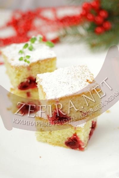 Легкий воздушный пирог с вишней - рецепт и фото