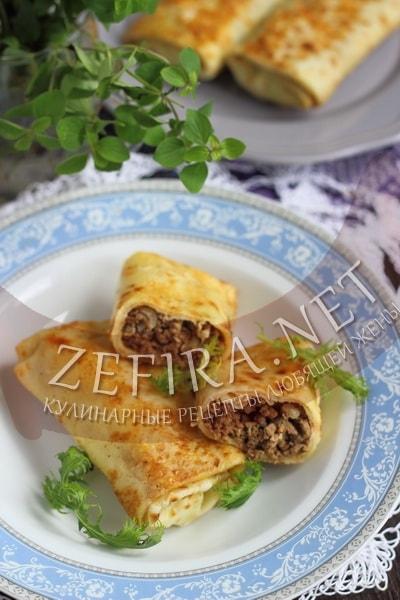 Блины с начинкой из говядины - рецепт и фото