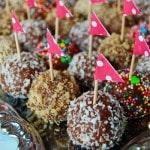 Конфеты из печенья и сгущенки - вариант для фуршета