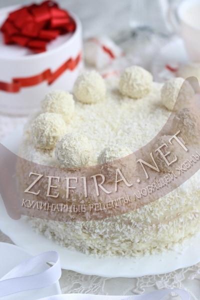 Кокосовый торт «Рафаэлло» с коржами - рецепт и фото