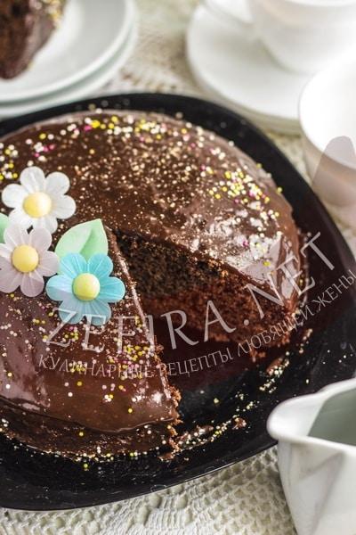 Постный шоколадный пирог - рецепт и фото
