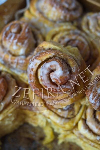 Ароматные булочки из дрожжевого теста с тыквой - рецепт и фото