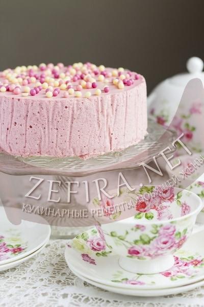 Бисквитный торт с клубничным суфле - рецепт и фото
