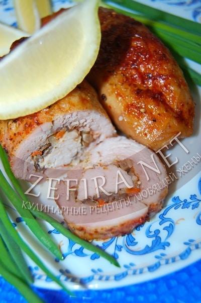 Рулетики из куриных окорочков - рецепт и фото