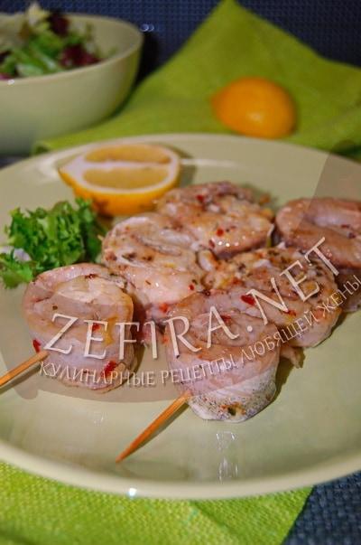 Шашлыки - рулетики из рыбы на шпажках - рецепт и фото