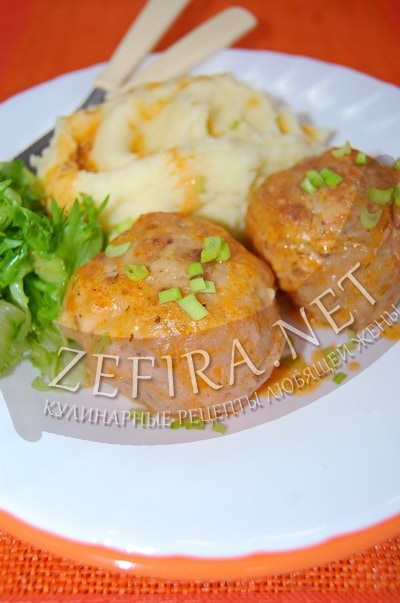 Тефтели с гречкой и подливой в духовке - рецепт и фото