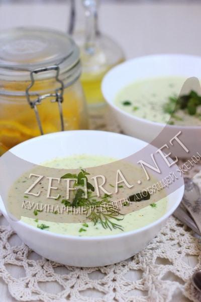 Диетический холодный суп из кабачков - рецепт и фото
