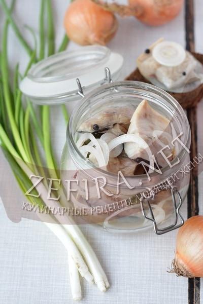Скумбрия соленая целиком - рецепт и фото