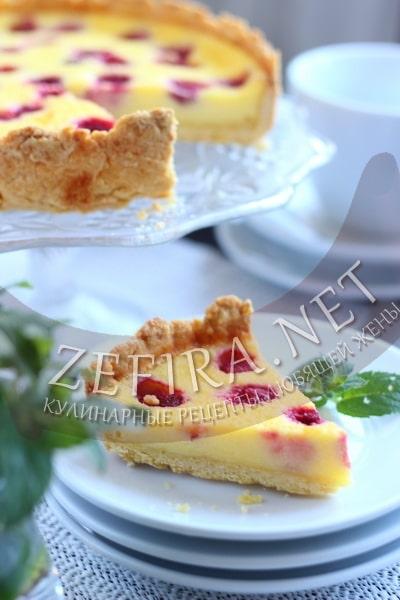 Пирог с малиной и сметанной заливкой - рецепт и фото