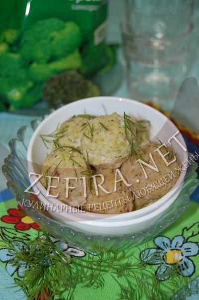 Рыбные тефтели с брокколи на пару - рецепт и фото