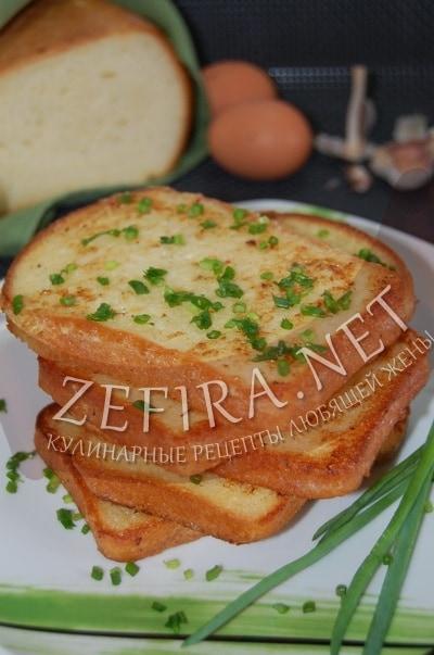 Жареные гренки с зеленью и чесноком - рецепт и фото