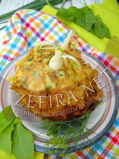 Оладьи из щавеля и шпината с сыром и зеленью - рецепт с фото