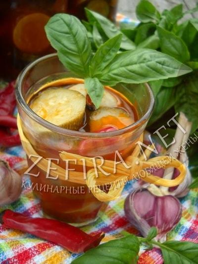 Салат из кабачков в томате на зиму - рецепт и фото