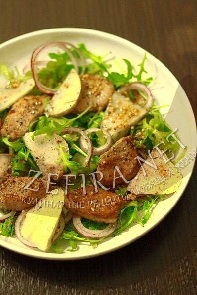 Салат с рукколой и грушей - рецепт и фото